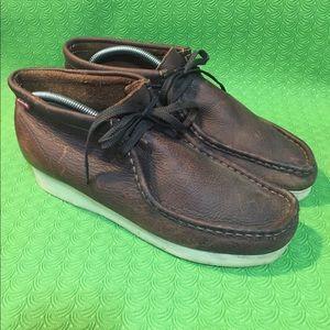 Clarks  men's moccasins size 9.5 brown